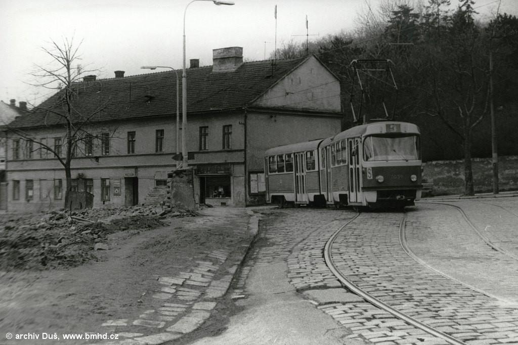 Fotogalerie » K2 1039 | Brno | Husovice | Tomkovo náměstí