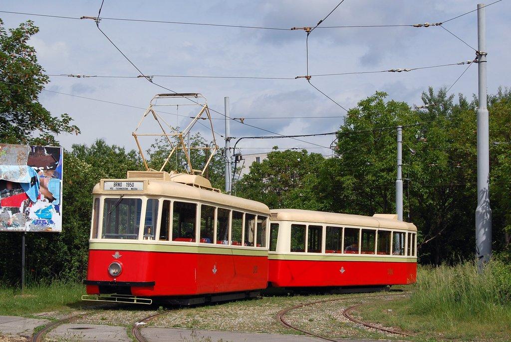 Fotogalerie » KPS Brno vv4 301 | KPS Brno 4MT 126 | Brno | Žabovřesky | Kníničská