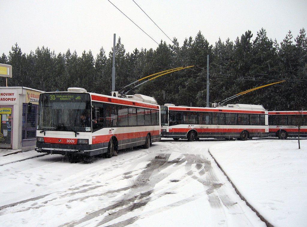 Fotogalerie » Škoda 21Tr 3009 | Škoda 21Tr 3015 | Brno | Bystrc | Černého | Bystrc, Černého
