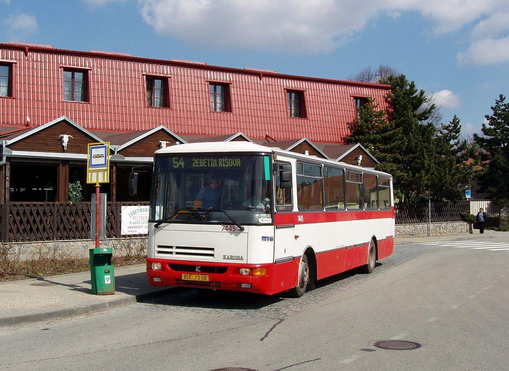 Fotogalerie » Karosa B931.1675 7445 | Brno | Žebětín | Křivánkovo Náměstí | Křivánkovo Náměstí