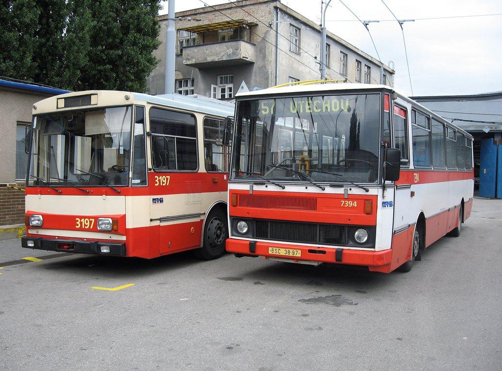 Fotogalerie » Škoda 14Tr07 3197 | Karosa B732.1654 7394 | Brno | Vozovna Husovice