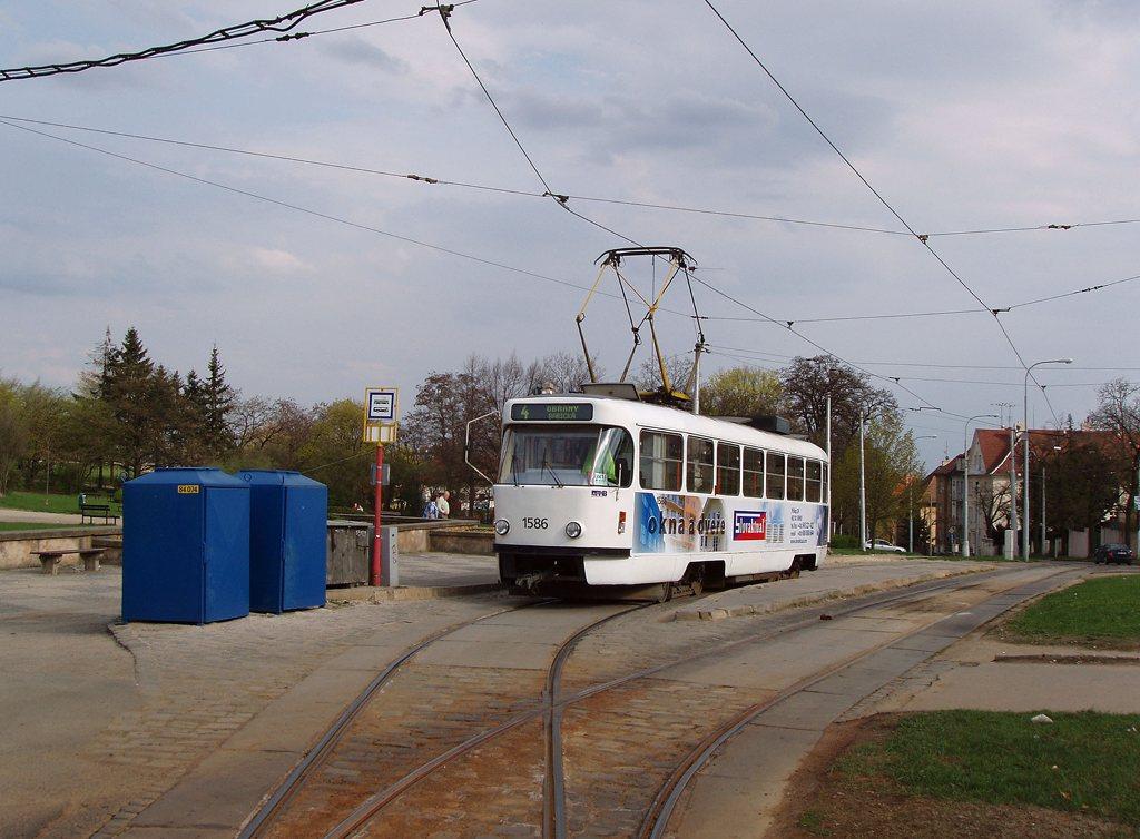 Fotogalerie » ČKD Tatra T3M 1586 | Brno | Masarykova čtvrť | Náměstí míru | Náměstí Míru, smyčka