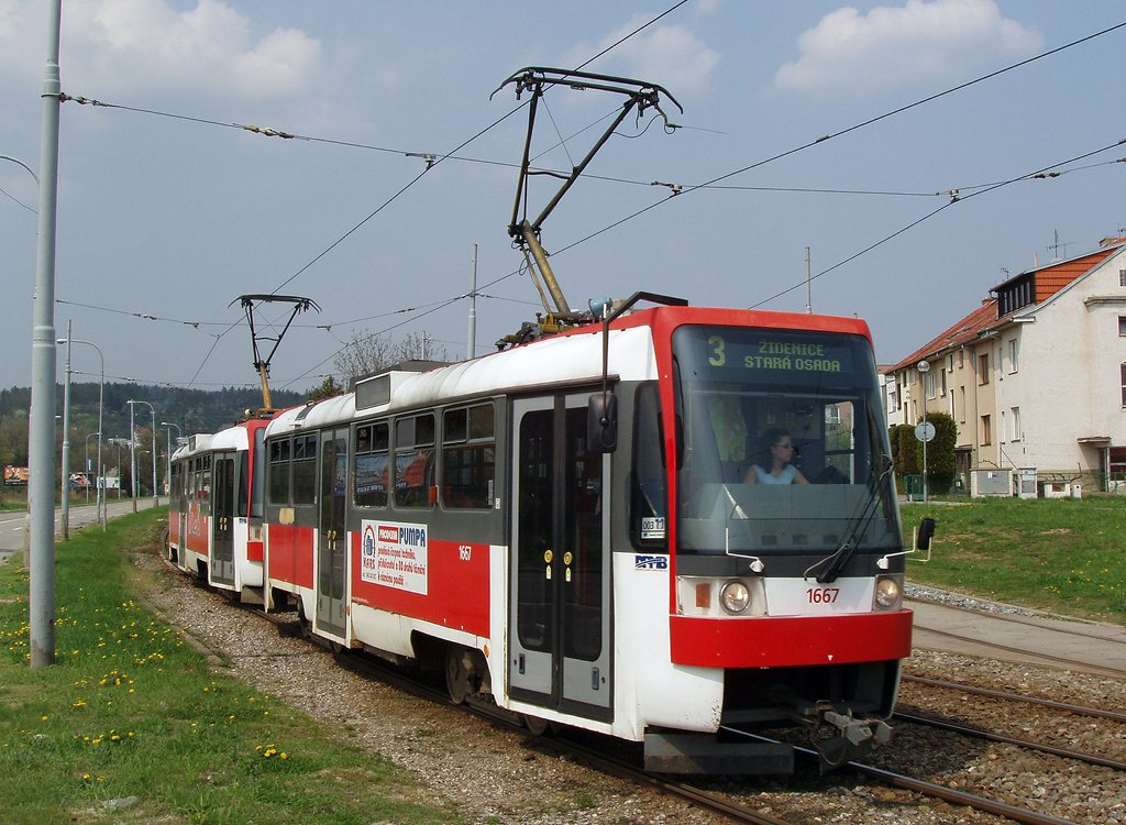 Fotogalerie » ČKD DS T3R 1667 | ČKD DS T3R 1668 | Brno | Komín | Kníničská