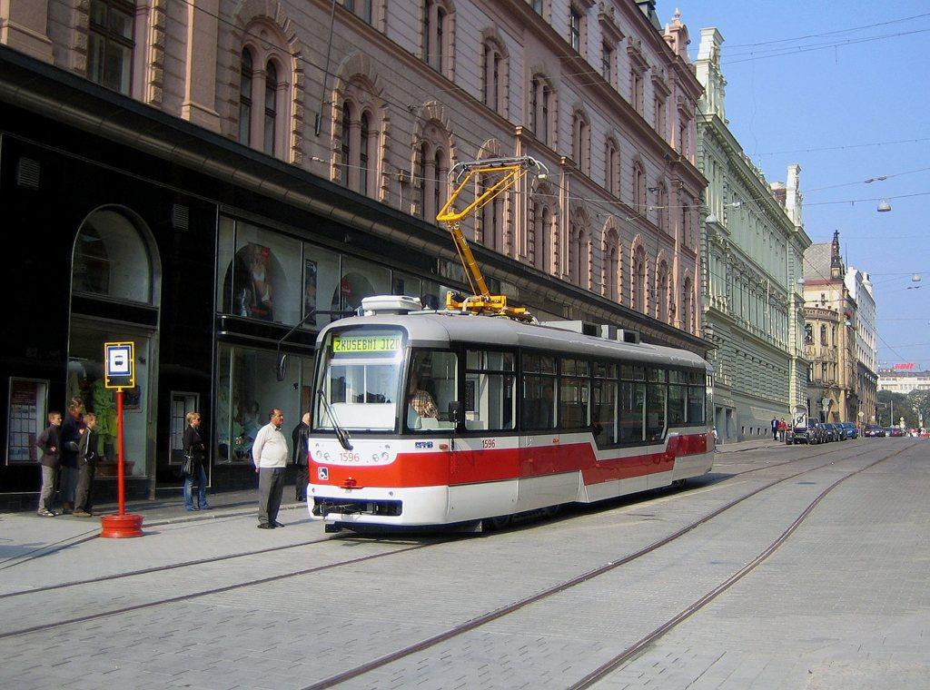 Fotogalerie » Pragoimex VarioLFR.E 1596 | Brno | střed | náměstí Svobody | Náměstí Svobody