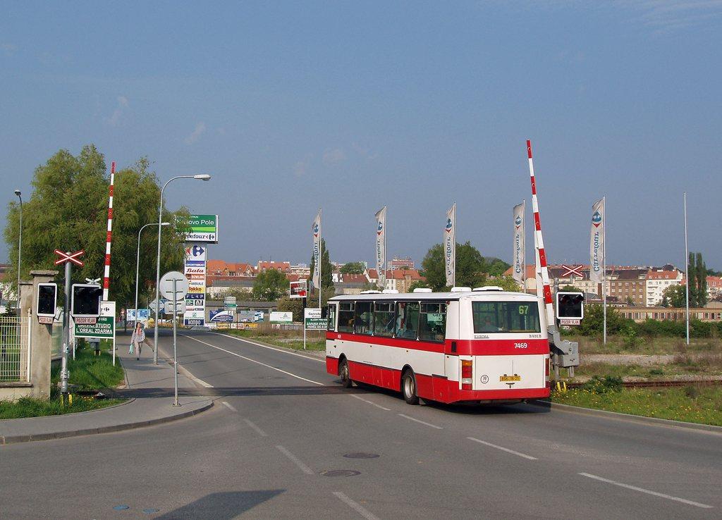 Fotogalerie » Karosa B931E.1707 7469 | Brno | Královo Pole | Cimburkova