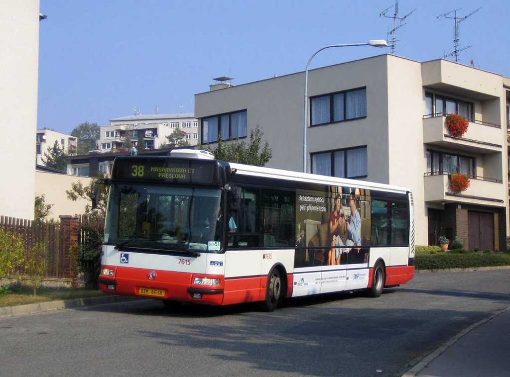 Fotogalerie » Irisbus Citybus 12M 2071.30 7615 | Brno | Masarykova Čtvrť | Bohuslava Martinů | Preslova