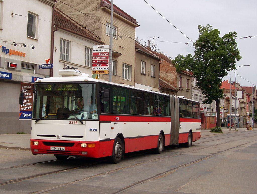 Fotogalerie » Karosa B961E.1970 2376   Brno   Žabovřesky   Minská