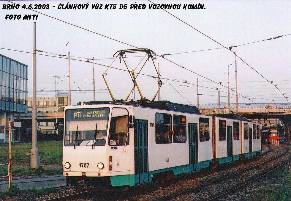 Fotogalerie » ČKD Tatra KT8D5 1707   Brno   Komín