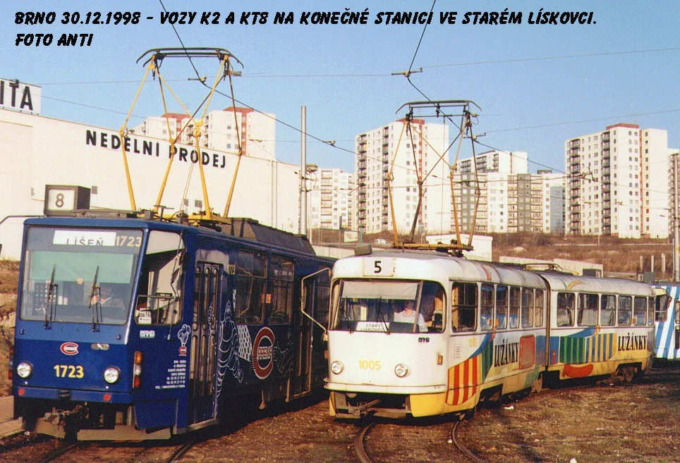 Fotogalerie » ČKD Tatra KT8D5 1723 | ČKD Tatra K2 1005 | Brno | Starý Lískovec | Starý Lískovec, smyčka