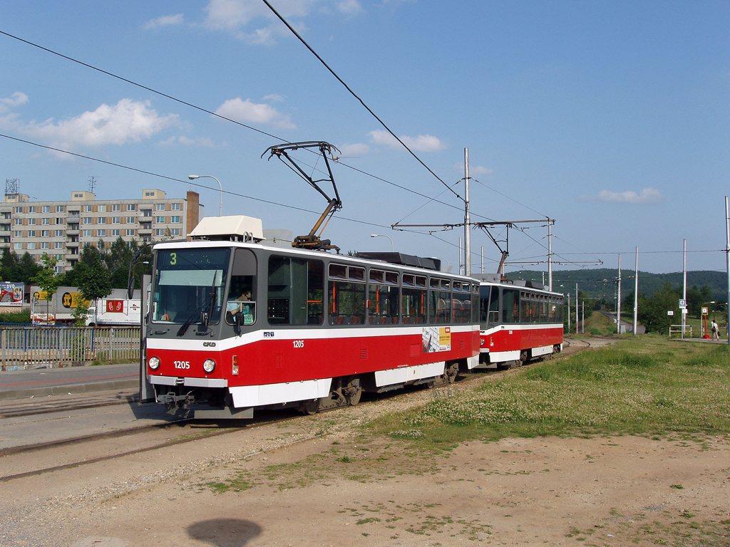 Fotogalerie » ČKD DS T6A5 1205 | ČKD DS T6A5 1206 | Brno | Bystrc | Vejrostova | Ečerova, smyčka