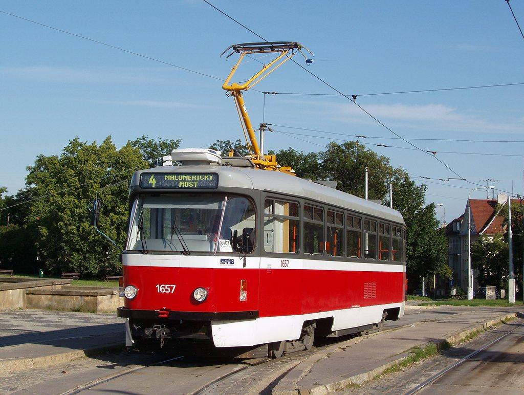 Fotogalerie » Pragoimex T3R.PV 1657 | Brno | Masarykova čtvrť | Náměstí míru | Náměstí Míru, smyčka