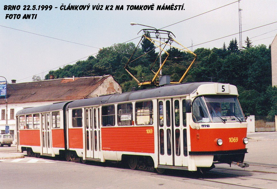 Fotogalerie » ČKD Tatra K2 1069 | Brno | Husovice | Tomkovo náměstí