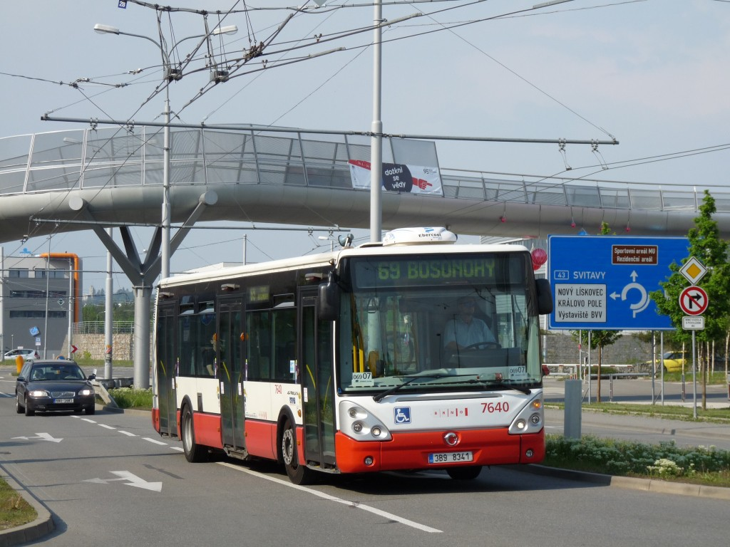 Fotogalerie » Irisbus Citelis 12M 3B9 8341 7640   Brno   Bohunice   Netroufalky