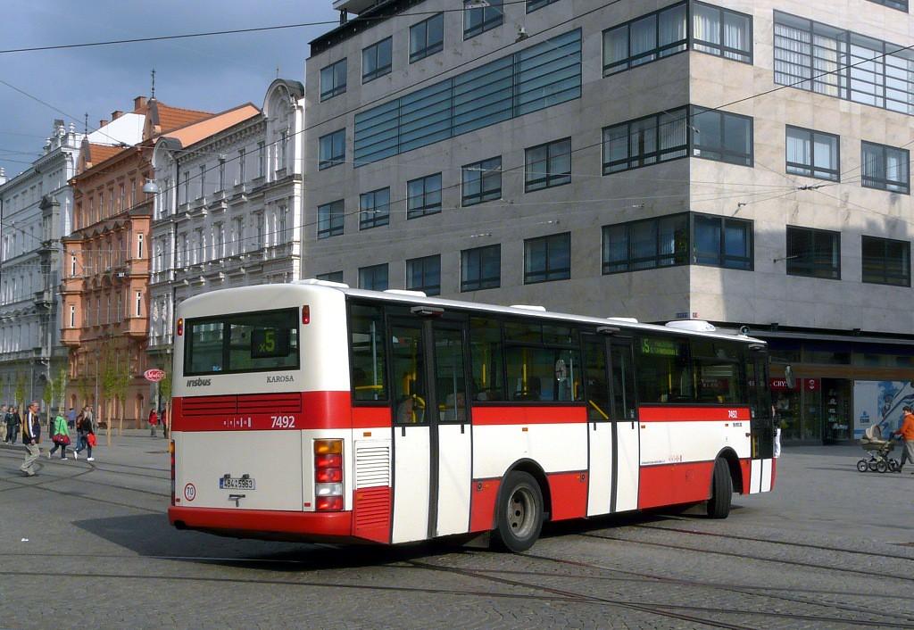 Fotogalerie » Karosa B951E.1713 4B4 5963 7492 | Brno | střed | Česká