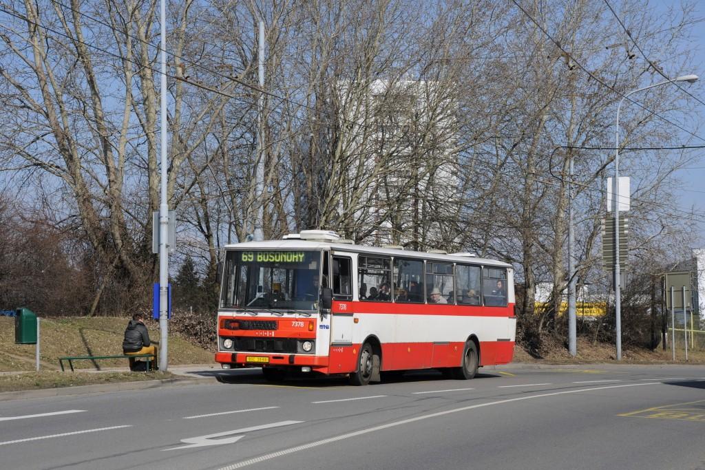 Fotogalerie » Karosa B732.1654.3 BSC 38-66 7378 | Brno | Starý Lískovec | Osová | Pod Nemocnicí
