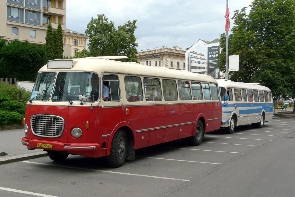 Fotogalerie » Škoda 706 RTO MTZ LIA 53-84 | Škoda 706 RTO CAR 3J3 7827 | Brno | střed | Veselá
