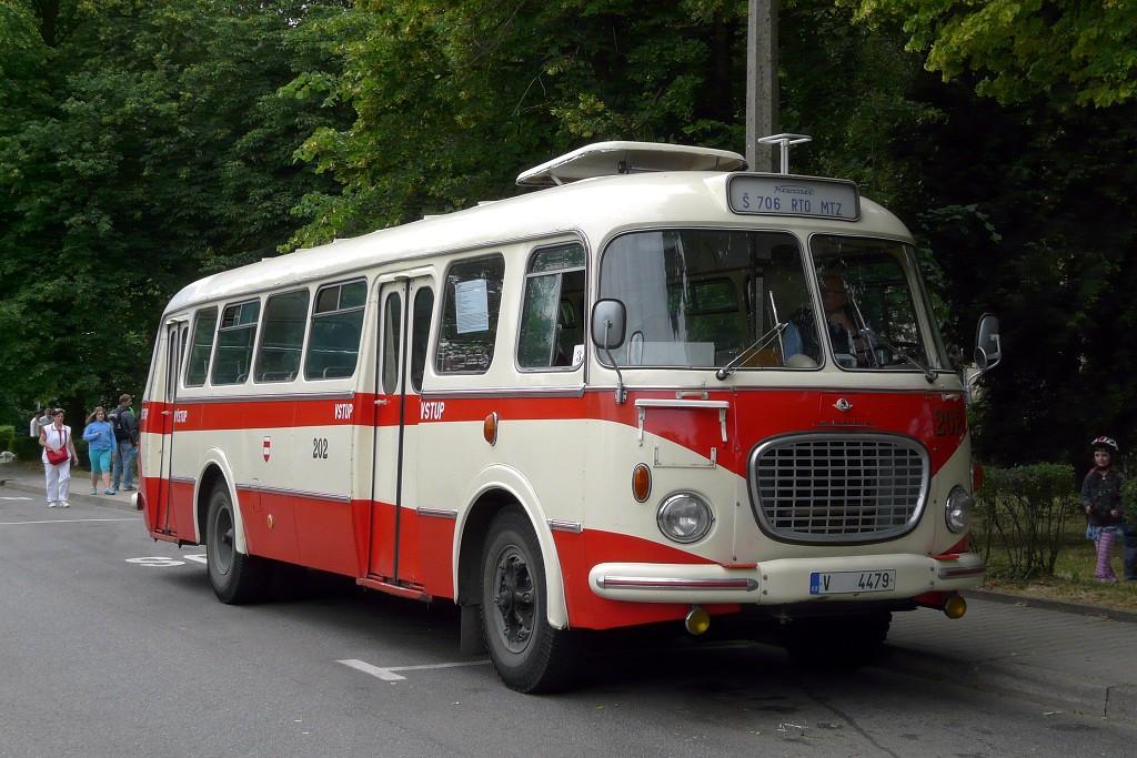 Fotogalerie » Škoda 706 RTO MTZ 202 | Kuřim | Nádražní | Kuřim, železniční stanice
