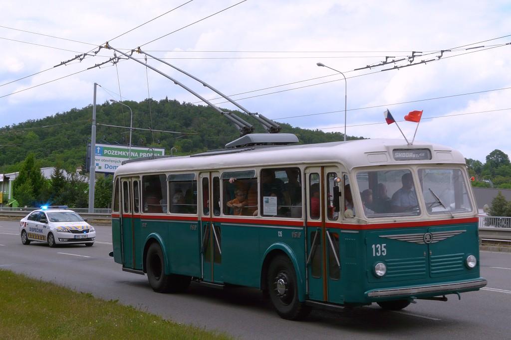Fotogalerie » Škoda 6Tr2 135 | Brno | Komín | Kníničská