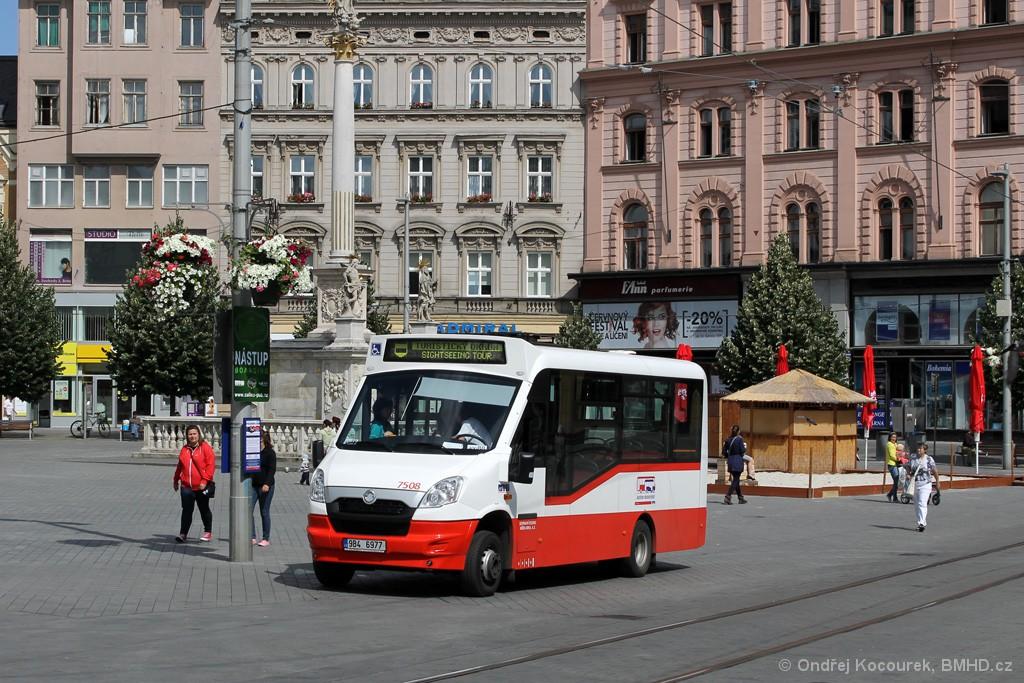 Fotogalerie » SKD Stratos LF38 D 9B4 6977 7508 | Brno | střed | náměstí Svobody