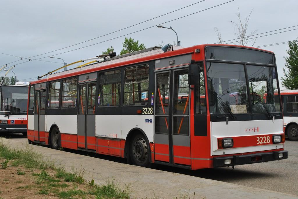 Fotogalerie » Škoda 14TrR 3228 | Brno | Slatina | vozovna Slatina