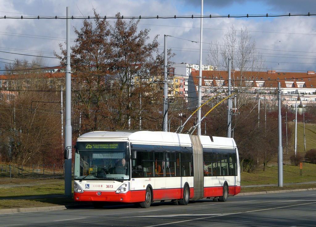 Fotogalerie » Škoda 25Tr Citelis 1B 3613 | Brno | Líšeň | Novolíšeňská | Novolíšeňská, smyčka