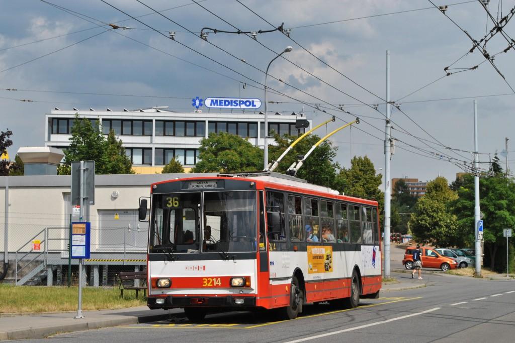 Fotogalerie » Škoda 14Tr08/6 3214 | Brno | Žabovřesky | Přívrat | Přívrat