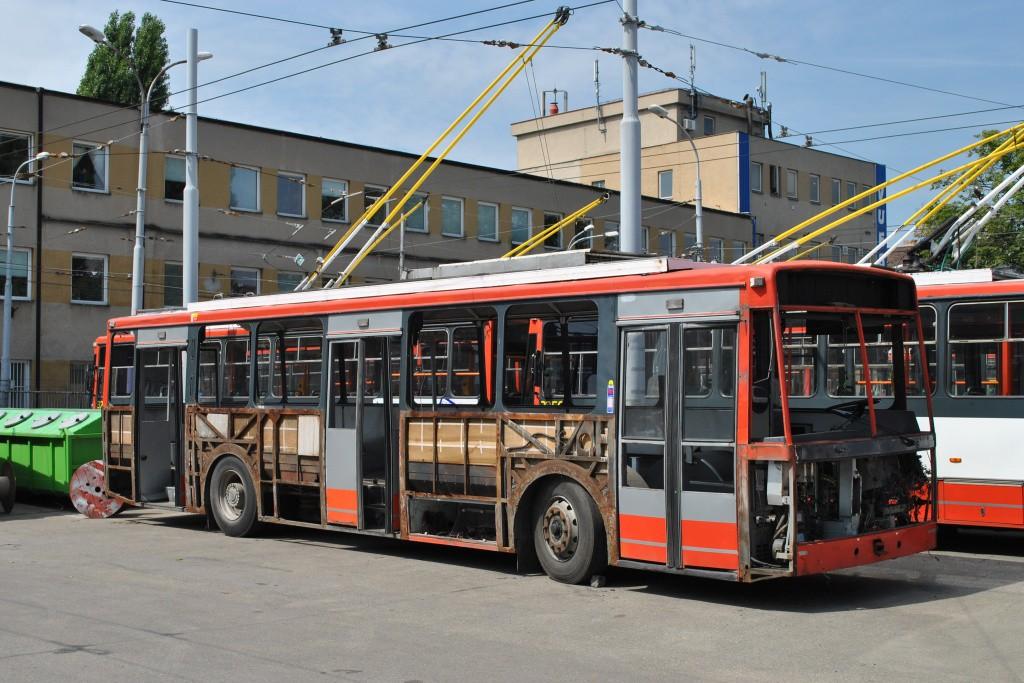 Fotogalerie » Škoda 14TrR 3228   Brno   Husovice   Svitavská   Vozovna Husovice