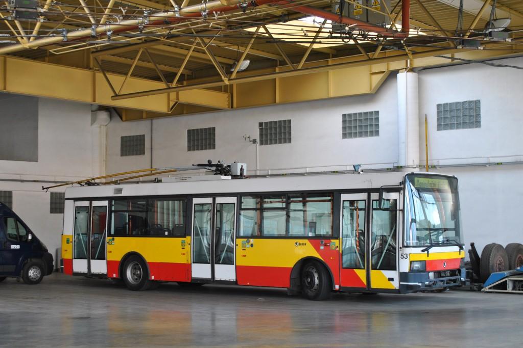 Fotogalerie » Škoda 21TrAC 3057   Brno   Komín   vozovna Komín
