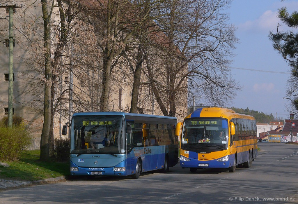 Fotogalerie » Irisbus Crossway LE 12M 6B0 3017 | Irizar Scania Irizar i4 5B8 2247 | Čejč