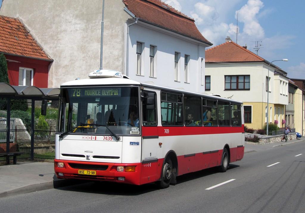 Fotogalerie » Karosa B931.1675 BSE 72-98 7439 | Brno | Líšeň | Belcrediho | Karolíny Světlé