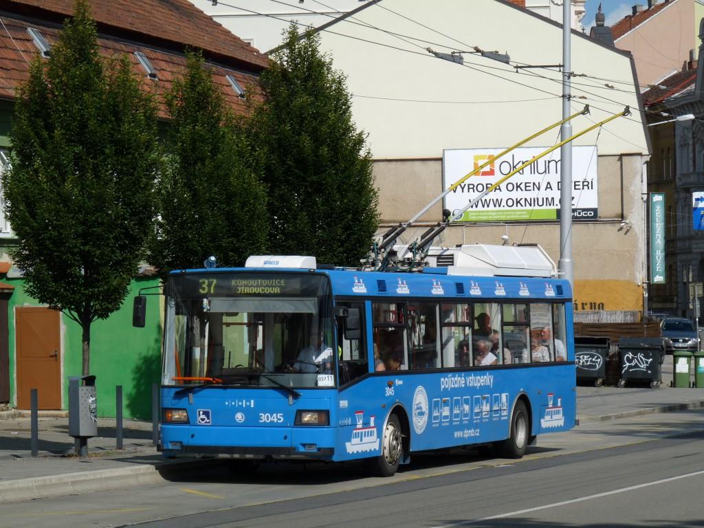 Fotogalerie » Škoda 21Tr 3045 | Brno | Pisárky | Hlinky | Výstaviště, hlavní vstup