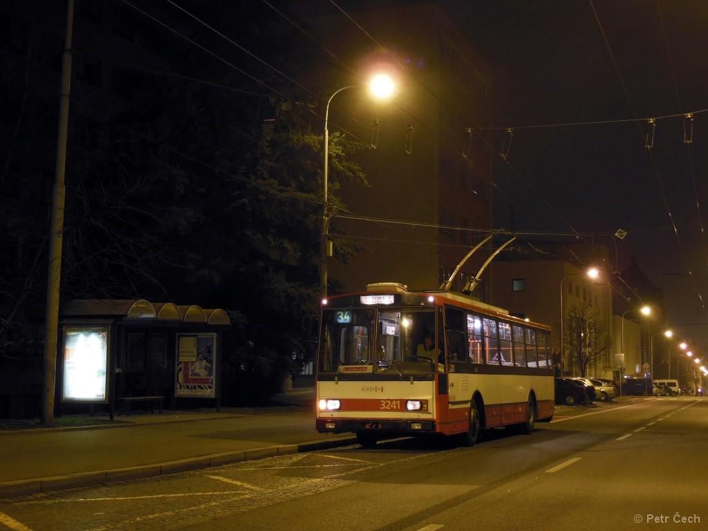 Fotogalerie » Škoda 14Tr10/6 3241 | Brno | střed | Kounicova | Sušilova
