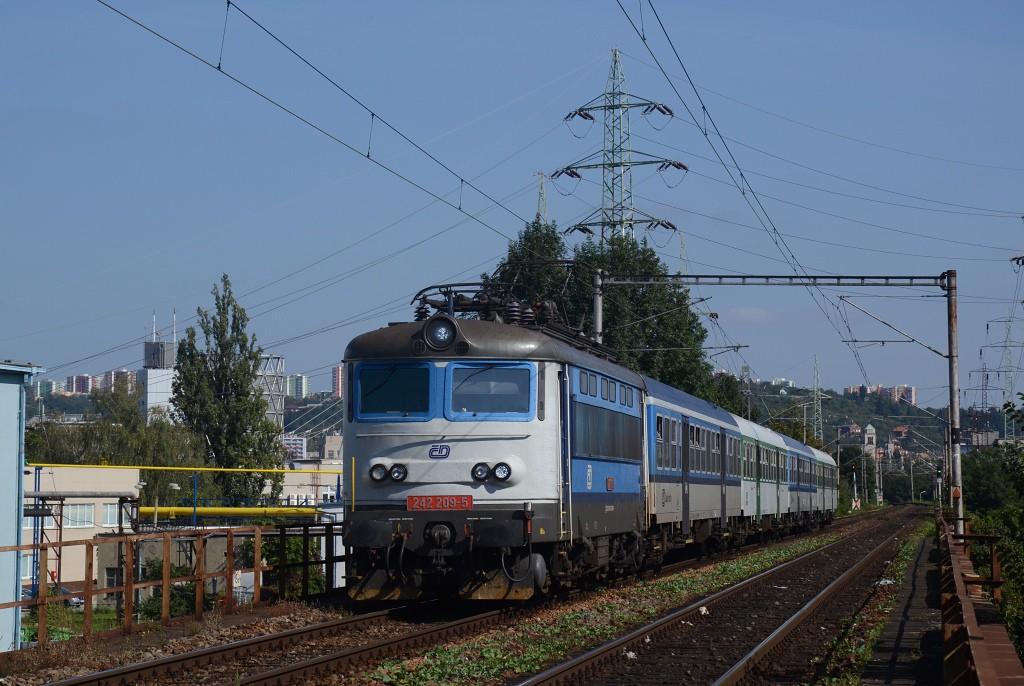 Fotogalerie » Škoda 242 242 209-5 | Brno | Trnitá | Brno-Židenice