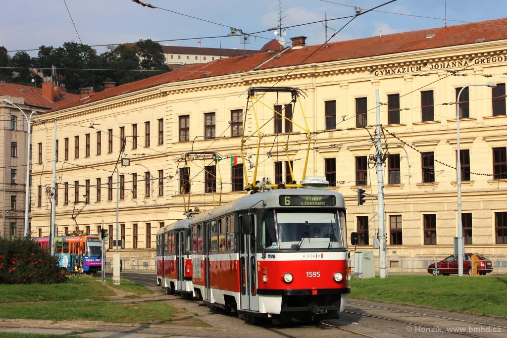 Fotogalerie » ČKD Tatra T3P 1595 | ČKD Tatra T3P 1564 | Brno | Staré Brno | Mendlovo náměstí