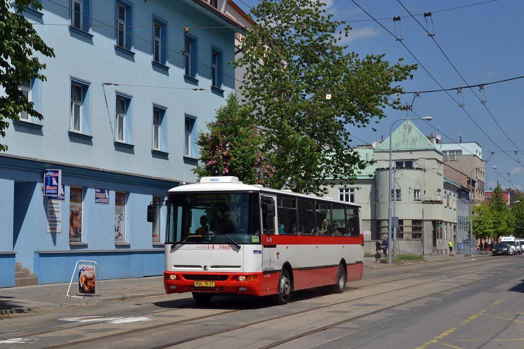 Fotogalerie » Karosa B931E.1707 BSH 16-31 7469 | Brno | Husovice | Nováčkova | Vozovna Husovice