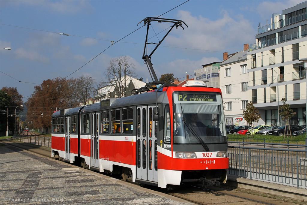 Fotogalerie » ČKD Tatra K2R03 1027 | Brno | Pisárky | Hlinky | Výstaviště, hlavní vstup