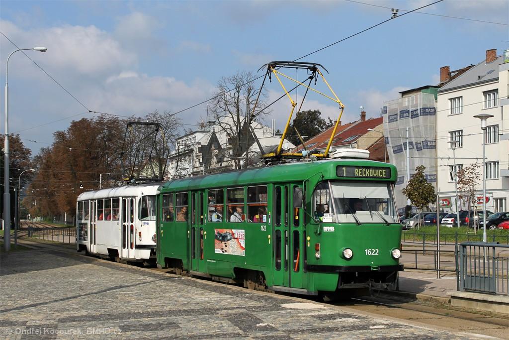 Fotogalerie » ČKD Tatra T3P 1622 | ČKD Tatra T3P 1623 | Brno | Pisárky | Hlinky | Výstaviště, hlavní vstup