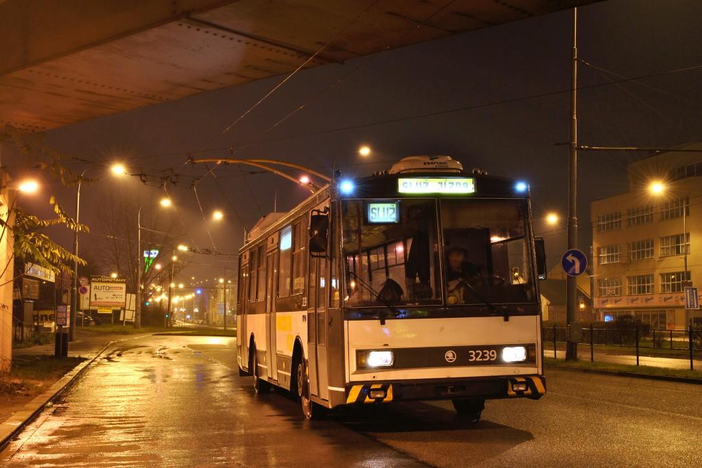 Fotogalerie » Škoda 14Tr10/6 3239 | Brno | Černovice | Olomoucká | Životského