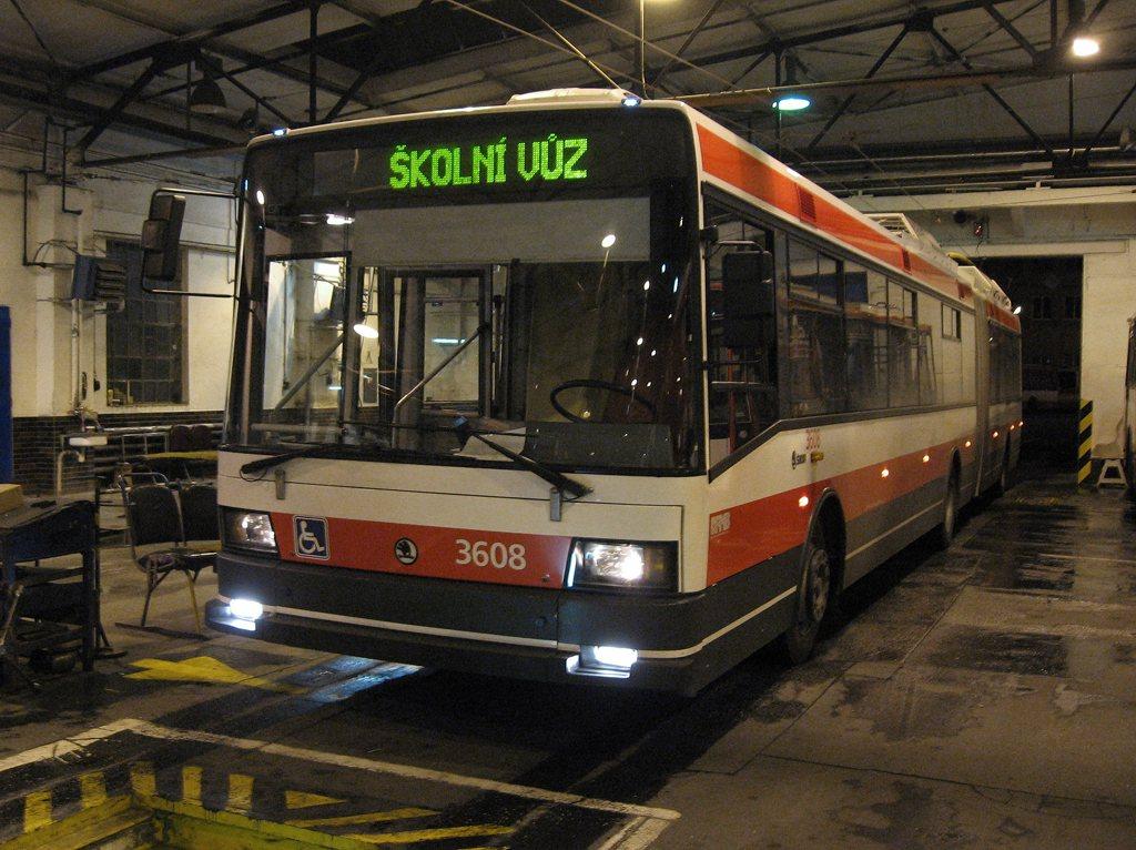 Fotogalerie » Škoda 22Tr 3608   Brno   Vozovna Husovice