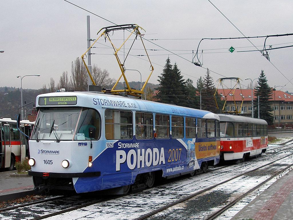 Fotogalerie » ČKD Tatra T3G 1605 | ČKD Tatra T3G 1617 | Brno | Medlánky | Vozovna Medlánky