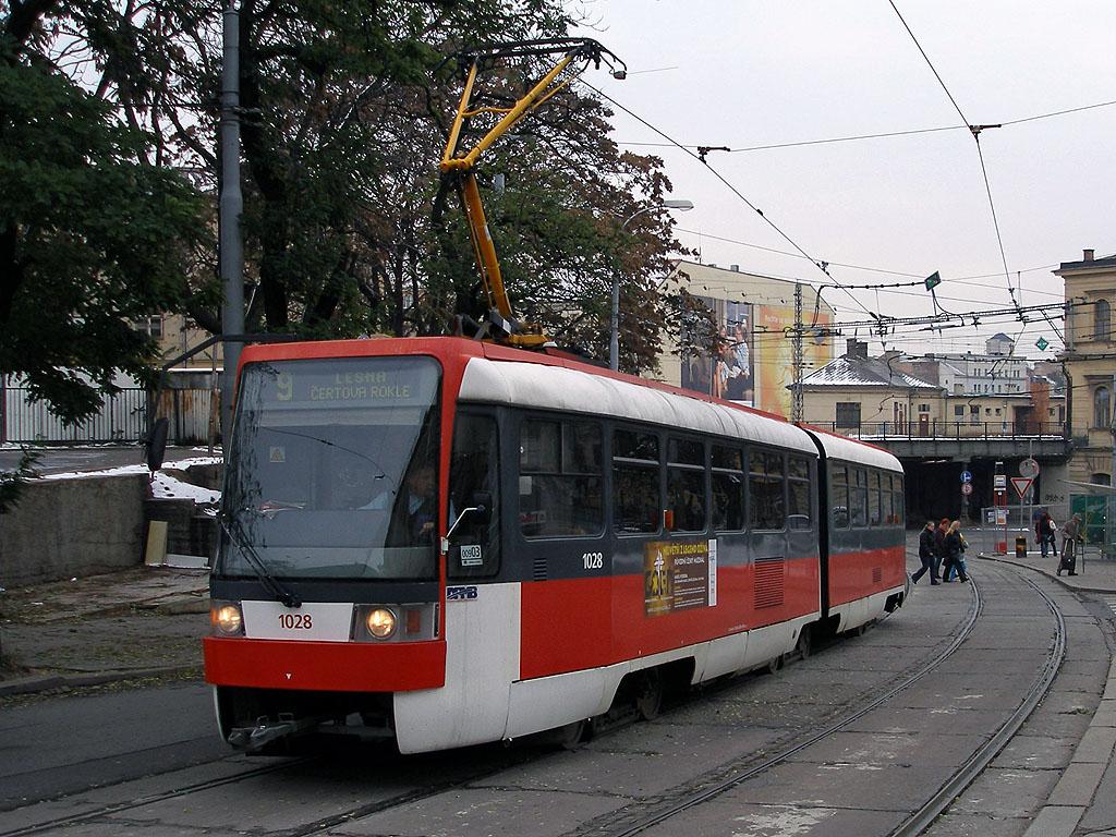 Fotogalerie » ČKD Tatra K2R 1028 | Brno | střed | Benešova