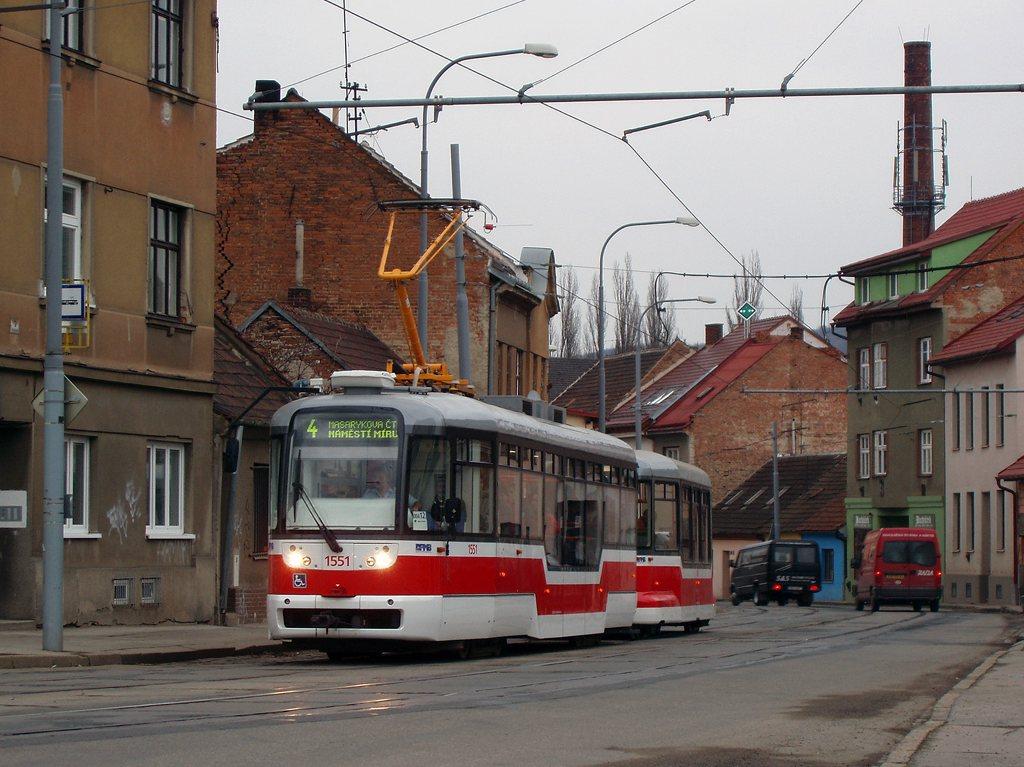 Fotogalerie » Pragoimex VarioLFR.E 1551 | Pragoimex VV60LF 1303 | Brno | Husovice | Valchařská | Cacovická