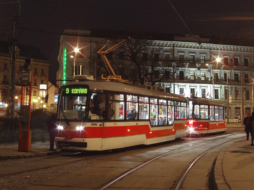 Fotogalerie » Pragoimex VarioLFR.E 1551 | Pragoimex VV60LF 1303 | Brno | střed | Nádražní | Hlavní nádraží