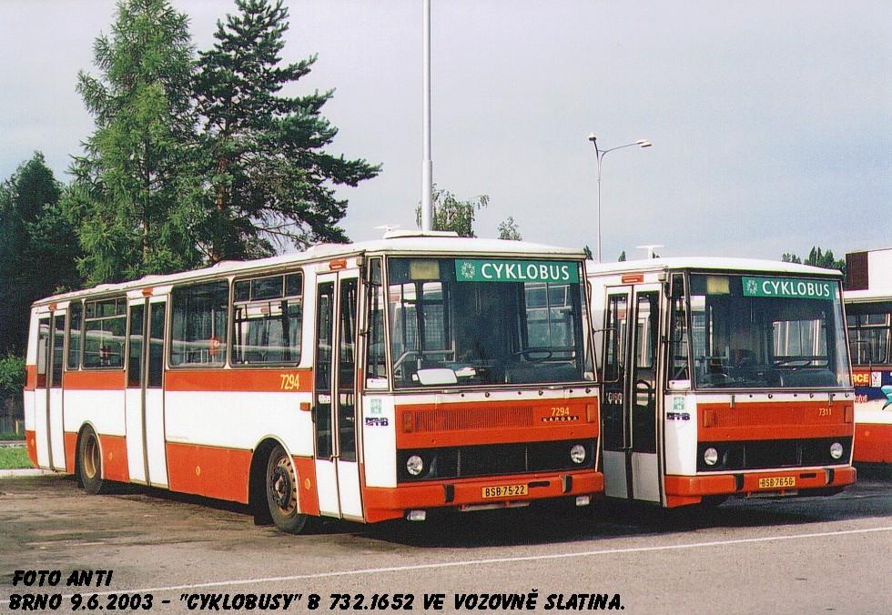 Fotogalerie » Karosa B732-cyklobus 7294 | Karosa B732-cyklobus 7311 | Brno | Vozovna Slatina