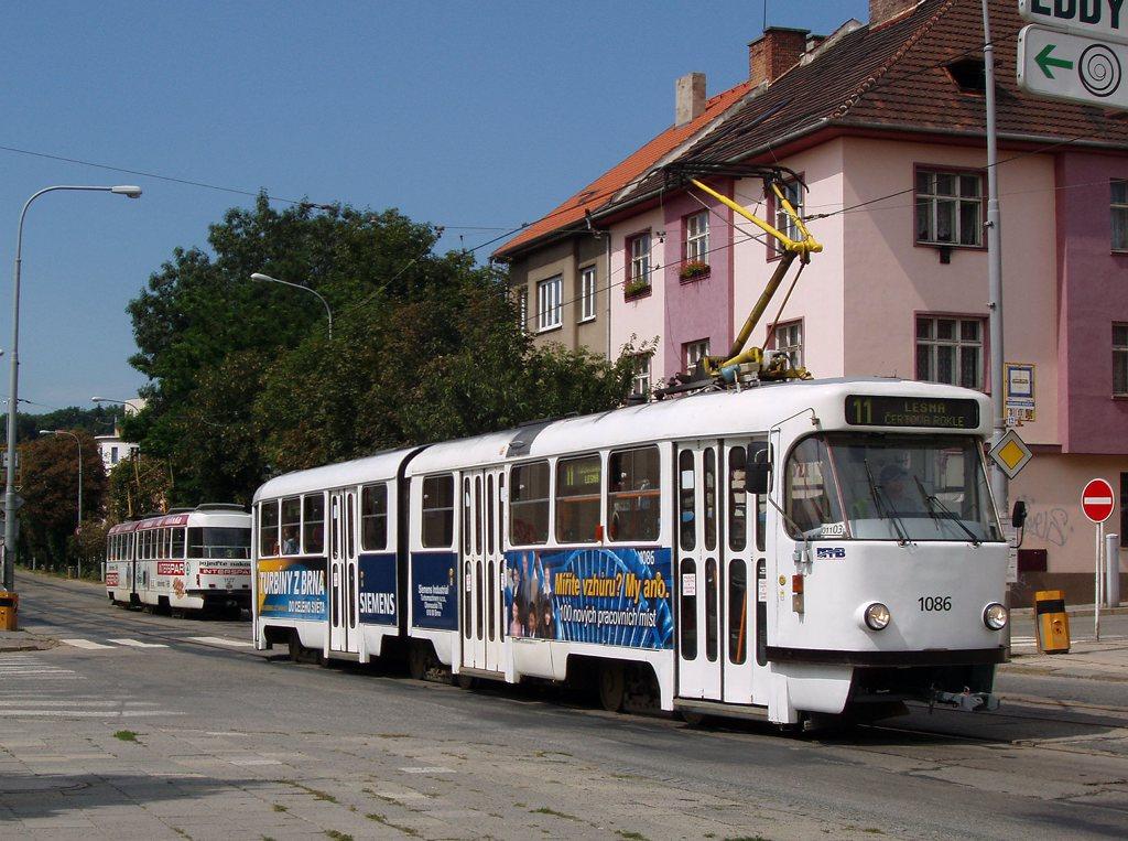 Fotogalerie » ČKD Tatra K2P 1086   Brno   Žabovřesky   Burianovo náměstí   Burianovo náměstí