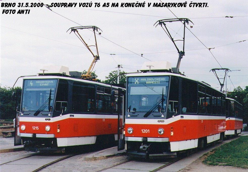 Fotogalerie » ČKD DS T6A5 1201 | ČKD DS T6A5 1215 | Brno | Masarykova čtvrť | Náměstí míru | Náměstí Míru, smyčka