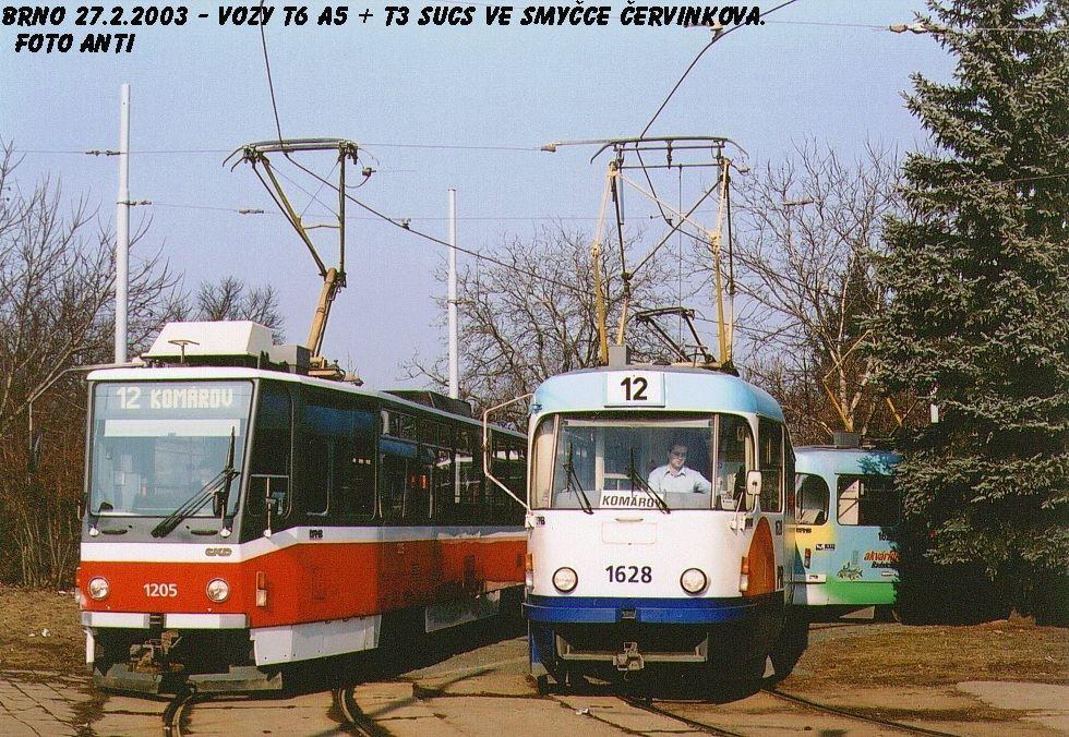 Fotogalerie » ČKD DS T6A5 1205   ČKD Tatra T3SUCS 1628   Brno   Královo Pole   Purkyňova   Červinkova