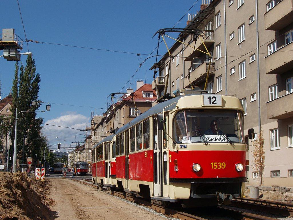 Fotogalerie » ČKD Tatra T3 1539 | ČKD Tatra T3 1598 | Brno | Královo Pole | Purkyňova
