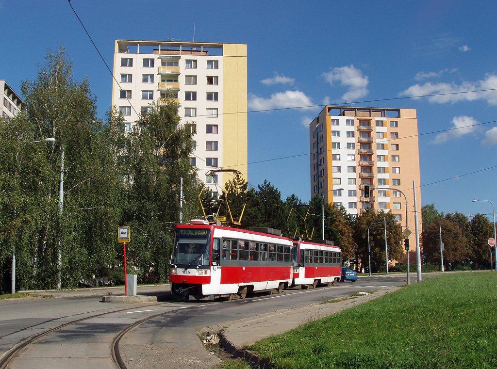 Fotogalerie » ČKD DS T3RF 1669 | ČKD DS T3RF 1670 | Brno | Královo Pole | Purkyňova | Technické muzeum, smyčka