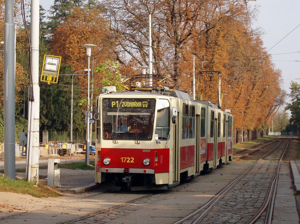 Fotogalerie » ČKD Tatra KT8D5 1722 | Brno | Pisárky | Hlinky | Lipová